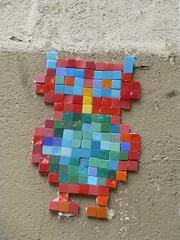 Copycat of Space Invader (2015) (Archi & Philou) Tags: streetart mosaic copycat montmartre pixelart unknown mosaque inconnu paris18