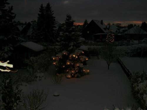 "Winterabend 2a • <a style=""font-size:0.8em;"" href=""http://www.flickr.com/photos/69570948@N04/16634270186/"" target=""_blank"">Auf Flickr ansehen</a>"