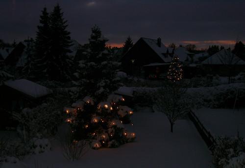 "Winterabend 2b • <a style=""font-size:0.8em;"" href=""http://www.flickr.com/photos/69570948@N04/16660208895/"" target=""_blank"">Auf Flickr ansehen</a>"