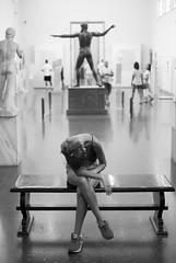 Décadence (Bernard Chevalier) Tags: portrait sculpture humour musée fatigue fille grèce banc décadence