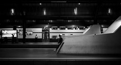 / (maekke) Tags: bw woman train canon 50mm switzerland noiretblanc f14 streetphotography sbb trainstation zrich ch zrichhb zvv 2016 zrichhauptbahnhof eos6d