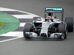 Pascal Wehrlein, Silverstone F1 Testing 2016 (Dave_Johnson) Tags: f1 formula1 formulaone grandprix car cars automobile testing f1testing silverstone brdc racingcar pascalwehrlein pascal wehrlein amg mercedes f1w05hybrid w05 hybrid pirelli clubcorner