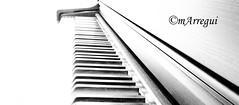 En clave (mArregui) Tags: madrid nikon teclado piano yamaha msica clave clavedesol wwwarreguimeluscom marregui