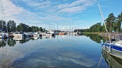 Haukilahden venesatama, 29.7.2016. #haukilahti #espoo #visitespoo #venesatama Haukilahden#harbour #vene #boat #seascape #meri #sea #sonyxperiaz5 #reflection #loves_reflections #lovesreflections (Sampsa Kettunen) Tags: boat sea meri lovesreflections haukilahti sonyxperiaz5 espoo harbour venesatama seascape reflection visitespoo vene
