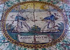 battre le pavé (4) (canecrabe) Tags: confrérie pavement sol majolique sanpietro église forio ischia