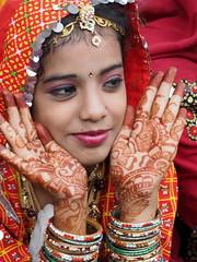 Henna (DarkLantern) Tags: india art colors colours fair jewelry henna pushkar indien mehndi rajasthan bindi inde mela 2014 mendi prettyface  handart  headjewellery