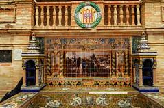 Banco de cermica dedicado a Gerona en la Plaza de Espaa de Sevilla (Rafael Gomez - http://micamara.es) Tags: plaza en espaa de la sevilla banco cermica gerona azulejos dedicado provincias espaolas