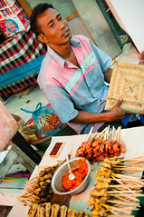 chicken satay (Sam Scholes) Tags: travel vacation bali food chicken indonesia temple religion hindu hinduism besakih streetfood rendang chickensatay purabesakih mothertempleofbesakih easternbali