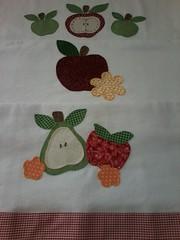 """20150223_142752 (""""ARTEIRICES"""" By R IANGUAS) Tags: frutas de patchwork morango copa panos cozinha cereja maa pera apliqu futas panosdepratos"""