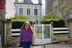 Coralie  Arromanches-les-Bains (Basse-Normandie) (2015-09-04 -02) (Cary Greisch) Tags: france calvados fra arromancheslesbains bassenormandie carygreisch