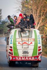 Typowy transport publiczny (www.wlasnadroga.pl) Tags: nepal wlasnadroga bicycletravel bicycle rower