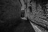 Calle Ujué 10 (Garimba Rekords) Tags: blanco calle arquitectura y negro pueblo bn navarra ujué