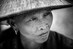 Vietnam: au march de Caobang. (claude gourlay) Tags: vietnam asie asia tonkin indochine claudegourlay portrait retrato ritratti minorit minority ethnic ethnie noiretblanc nb blackandwhite bw caobang