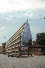 Fondazione Feltrinelli, Milano, Italia (B Plessi) Tags: fondazione feltrinelli milano italia piazza baiamonte porta volta