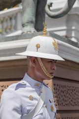 2016/07/28 10h43 stocisme (Grand Palais, Phra Nakhon) (Valry Hugotte) Tags: bangkok grandpalace grandpalais palaisroyal phranakhon thailand thalande garde soldat krungthepmahanakhon