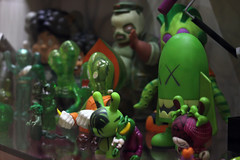 Kaws X Secret Base X dunny (Deadpute) Tags: green art toy secret kidrobot western kaws blitz base kaiju dunny muttpop koralie artoyz frankenghost kidmutant