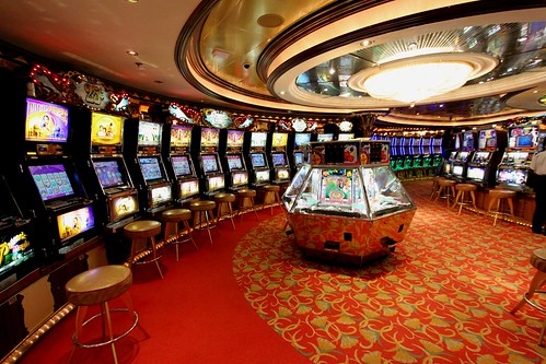 Slots Corner @ Casino Royale by Prayitno / Thank you for (12 millions +) view, on Flickr