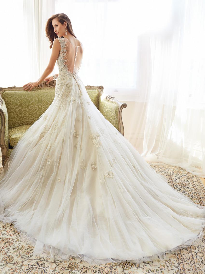 Y11555_bk_Designer-Wedding-Dresses-2015.jpg