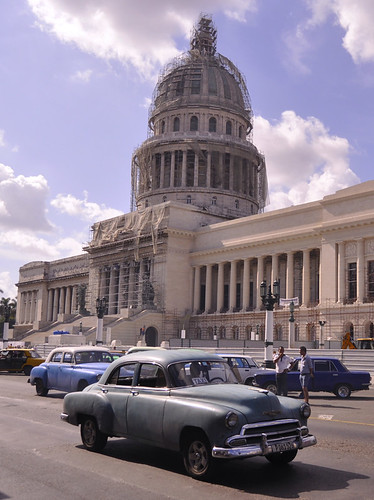 Capitol and Cars, Havana