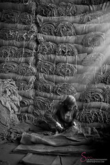 THE WORKER (S.M.Rafiq) Tags: pakistan bw monochrome lifestyle stack worker sack laborer hardwork workingpeople