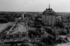DSC_3566 (Kubiii Photography) Tags: gelb photography nikond7000 nikon nikonphotography leipzig kubiiiphotography lostplaces lost places blackwhite urbex urbexworld abandoned abandonedplaces picture scary grey