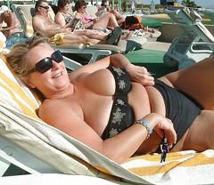 58 (teddyvial) Tags: sexy giantess mature bbw