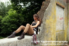 Tomb Raider Shoot with Annick 26 (berserker244) Tags: yggdrasilphotography60072016 guerrillaphotography yggdrasilphotography evandijk annick annickscosplay laracroft tombraider riseofthetombraider grebbeberg rhenen
