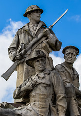 New Brighton War Memorial (The Crewe Chronicler) Tags: newbrighton warmemorial statue wirral thewirral canon canon7dmarkii