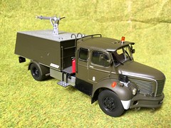 Direkt Collections Switzerland - French Military Vehicles - Berliet GLC VMA - Airport Fire Engine - Vehicule Lance Mousse - ARFF - Miniature Die Cast Metal Scale Model Emergency Services Vehicle (firehouse.ie) Tags: department dept airport pompiers sapeurs brigade fire mousse arff vma berliet