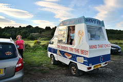 Gwen's ices (pentlandpirate) Tags: icecreamvan alnmouth gwens