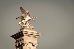 Pegasus, Pont d'Alexandre III -  Pont Alexander III, Paris France (marysaesteban) Tags: 2016 francia pars pegaso pegasus agosto escultura pont puente