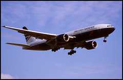 G-VIIF - London Heathrow (LHR) 19.07.2002 (Jakob_DK) Tags: b777200 britishairways lhr 2002 egll heathrow boeing boeing777 777 b777 777200 ba baw 777200er b772 b777200er boeing777200 boeing777200er londonheathrow londonheathrowairport heathrowairport british gviif