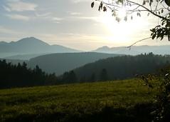 Schattierungen und Linien / Shades and lines (rudi_valtiner) Tags: mountains fall austria österreich autum herbst meadow wiese berge niederösterreich autriche semmering loweraustria sonnwendstein gasteil gahns weisjacklberg