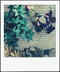 ... tutte le feste si porta via (ghiro1234 []) Tags: polaroid origami sony albero dolci befana calze alberodinatale pecore babbonatale feste doni carbone calza faidate dolcetti addobbi remagi 6gennaio proverbio poladroid proverbi stelledicarta epiphany tempodinatale dschx60 pecorelledilana stelledipaglia epiphanycarriesawayallfestivities