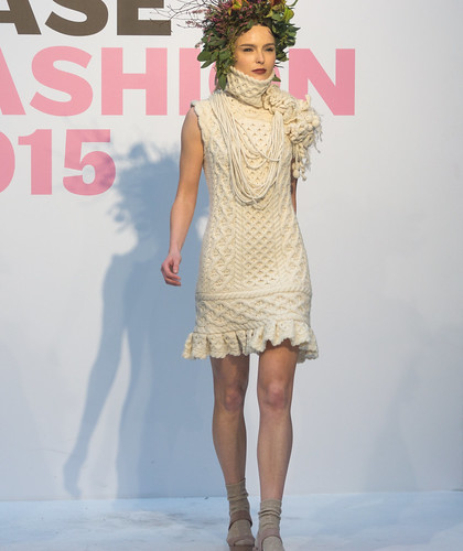 SONIA REYNOLDS PRESENTS HER SELECTION OF THE BEST OF IRISH FASHION- REF-101344
