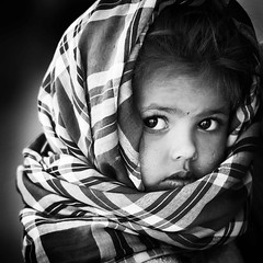 lo sguardo dell'innocenza (daniele romagnoli - Tanks for 10 million views) Tags: portrait bw india face look eyes nikon asia child portait indiana yeux kind occhi sguardo indie augen enfant ritratto indien gujarat portrat bambina   aussehen innocenza  d810 romagnolidaniele bestportraitsaoi