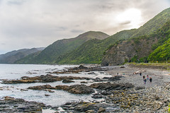 Hikurangi Marine Reserve (fotofrysk) Tags: newzealand rocks tourists hills highway1 pacificocean southisland lichen nikond7100 hikurangimarinereserve 2014111426182 christchurchtoblenheim