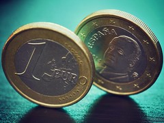 Opposites (mostaphaghaziri) Tags: opposites macromondays coins coin 28 f mm 105 mm105 micro mondays macro nikkor nikon face tail euros euro