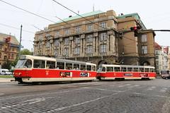 2015-05-12, Praha, Staromestsk (Fototak) Tags: tram strassenbahn praha czechrepublic tatra t3 ligne18 8372 8371