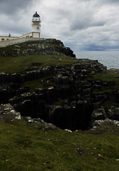 neist point lighthouse, isle of skye (violica) Tags: unitedkingdom regnounito scotland scozia highlands skye isleofskye neistpoint faro lighthouse scogliere cliffs ebridi hebrides
