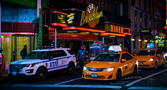 Brooklyn Diner (Caterix) Tags: night yellowcab newyork color diner street eastcoast litup nighttime colour brooklyn newyorkcab bustling nypd streetvendor neon colourful streetatnight bigapple