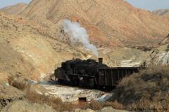 I_B_IMG_8089 (florian_grupp) Tags: asia china steam train railway railroad bayin lanzhou gansu desert landscape loess mountains sy ore mine 282 mikado steamlocomotive locomotive