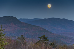 Moonrise off the Kancamagus Highway, White Mountain National Park, NH (Rajesh Vijayarajan Photography) Tags: moon moonlitevening moonstruck moonrise whitemountainnationalpark newhampshire nh rajeshvj rajeshvijayarajanphotography rajeshvijayarajan rajeshonflickr fall fallcolors fadinglayers nikond7000