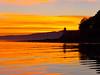The lighthouse at sunset (estenvik) Tags: autumn beitstadfjorden erikstenvik estenvik evening fall fjord høst kveld nordtrøndelag norge norway october oktober solnedgang steinkjer sundown sunset fyr fyrlykt lighthouse beacon