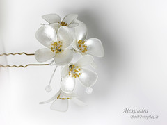 Jasmine hair pin (BestPeople.Ca) Tags: hair pin resin kanzashi cherry blossom handmade transparent forgetmenot