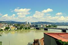 Linz (Austria) (jens_helmecke) Tags: linz donau flus river stadt city wasser water nikon jens helmecke