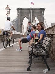 _DSF0807 (Demetrio1963) Tags: street new york city nyc people usa familia gente unitedstatesofamerica streetphotography brooklynbridge streetphoto nuevayork estadosunidosdeamrica