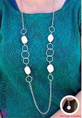 5th Avenue White Necklace K2 P2620-1