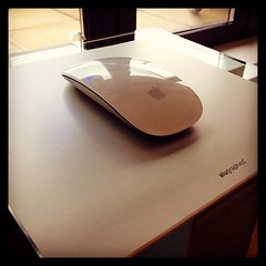 designer #stylish #mousemat by #alugraphics made... (tazdotcom) Tags: apple computer germany mac perfect designer setup stylish mousemat alugraphics uploaded:by=flickstagram instagram:photo=45216810098067608214728540