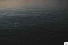 (pabbloelias) Tags: street door light shadow sky lake film water sex nikon couple waves fuji kitlens couples wave faded fade lightroom instax seawave vsco instagram nikond3100 vscofilm vscocam